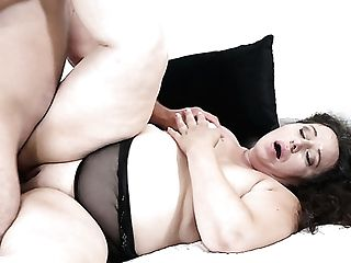 Torrid Chubby Whore Lila Tuft Smashes Dude While Railing Him On Top