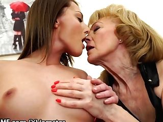 Katy Rose Sits On Girl/girl G-cougars Face