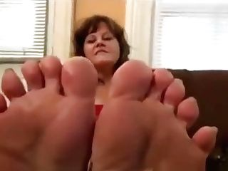 Mummy Feet Ten