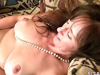 Usawives Horny Matures Lady Self Gear Getting Off