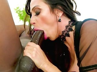 Enormously Huge-titted Latina Sweetie Ariella Ferrera Gives A Wild...
